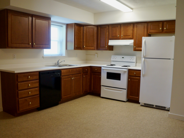 Stoney Creek two bedroom kitchen